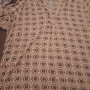 3/4 sleeve blouse.